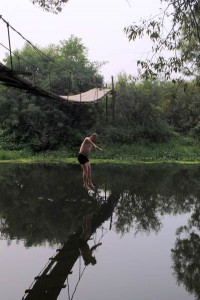 Ветелев прыгает в Лужу