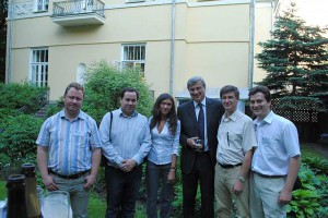 Посол Бельгии в компании с пивными блогерами