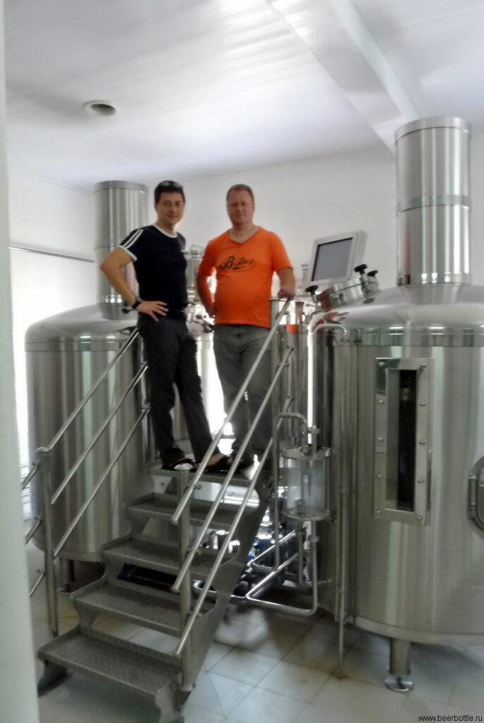 Михаила (секретная пивоварня ;)) и Дмитрия Тушева, президента Первого Пивного Клуба.