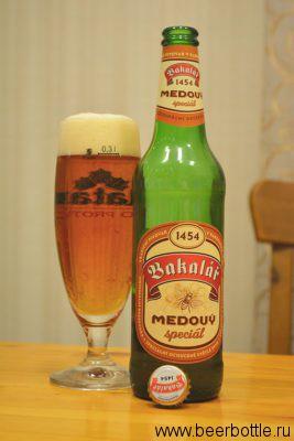 Пиво Bakalar Medovy
