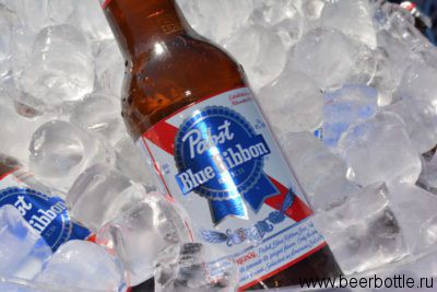Пиво Pabst Blue Ribbon