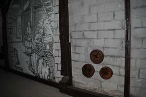 Бочки с орлом Леккертов и гравюра современные. Для антуража.