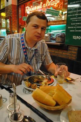 Алексей Онегин дегустирует улиток