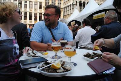 Что ещё надо для счастья?! Бельгийское пиво и устрицы!