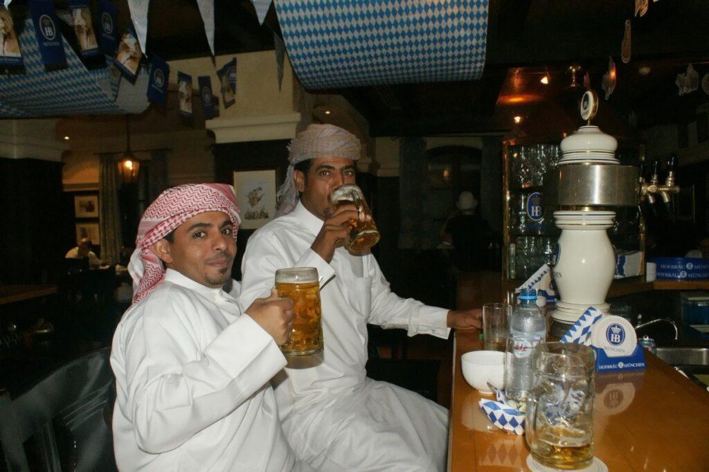 HB в Дубаи