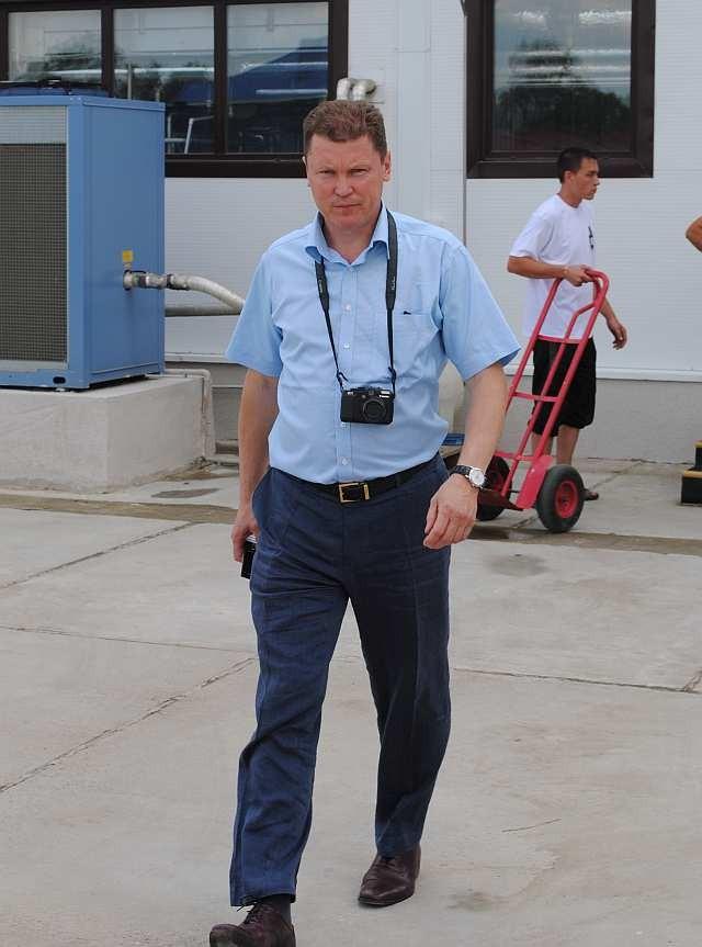 Алексей Богер идёт