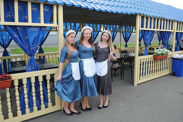 Девушки фестиваля