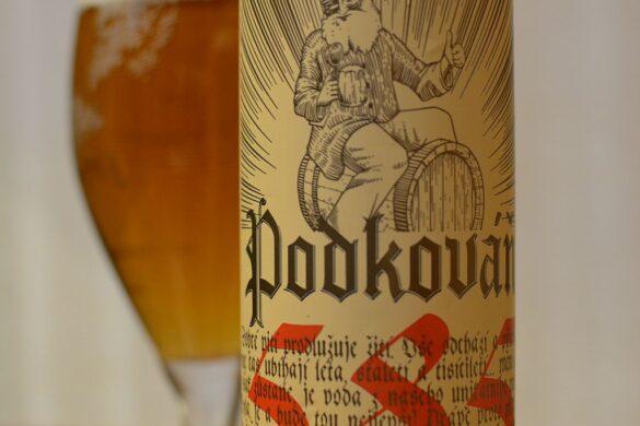 Пиво Podkováň Premium 12°
