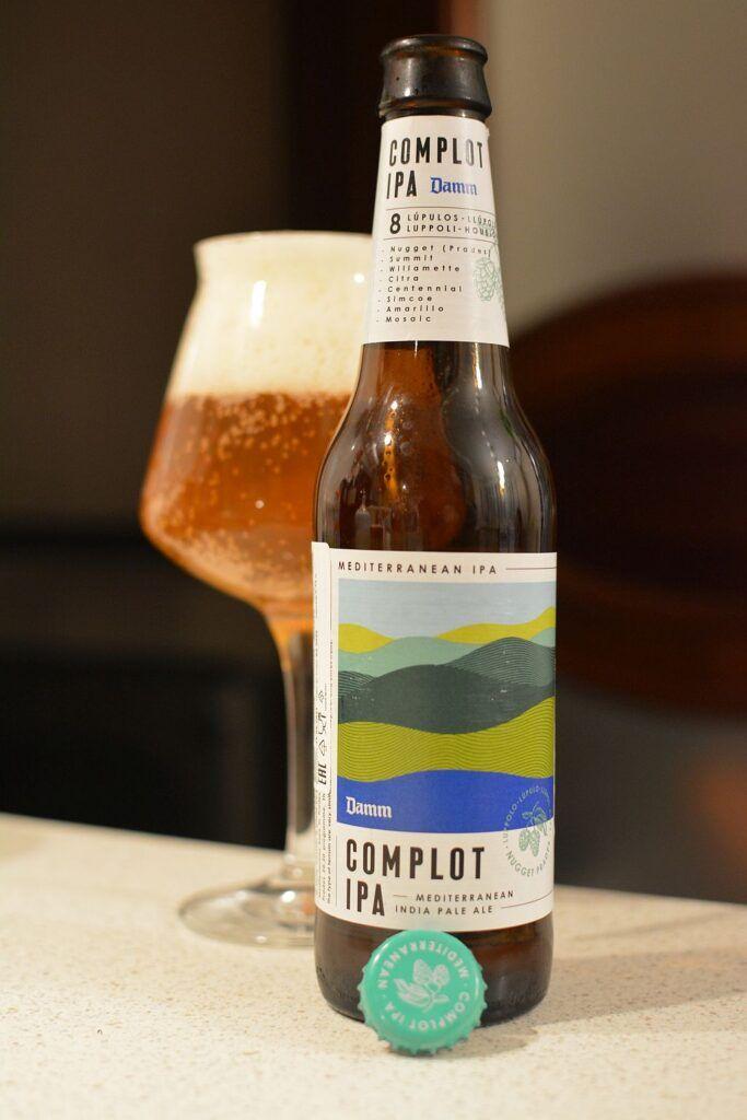 Пиво Complot IPA от Damm
